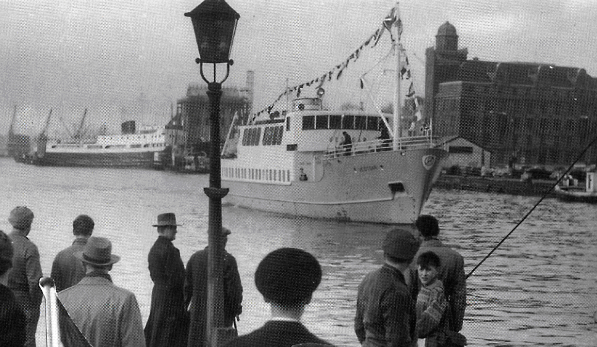 Vestgar ankommer Bergen 7. februar 1957.